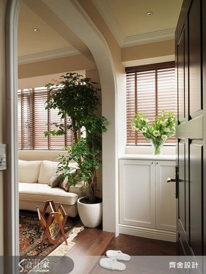 客厅阳台门框造型图片-19坪的小空间也能打造美式休闲风