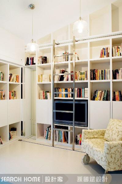 16种北欧风书柜,营造文青的异想世界