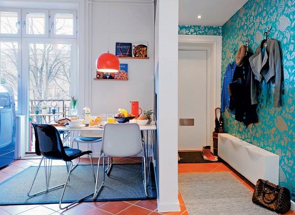 利用 IKEA 等平價家具,搭配老件及軟件佈置就能大大節省預算!