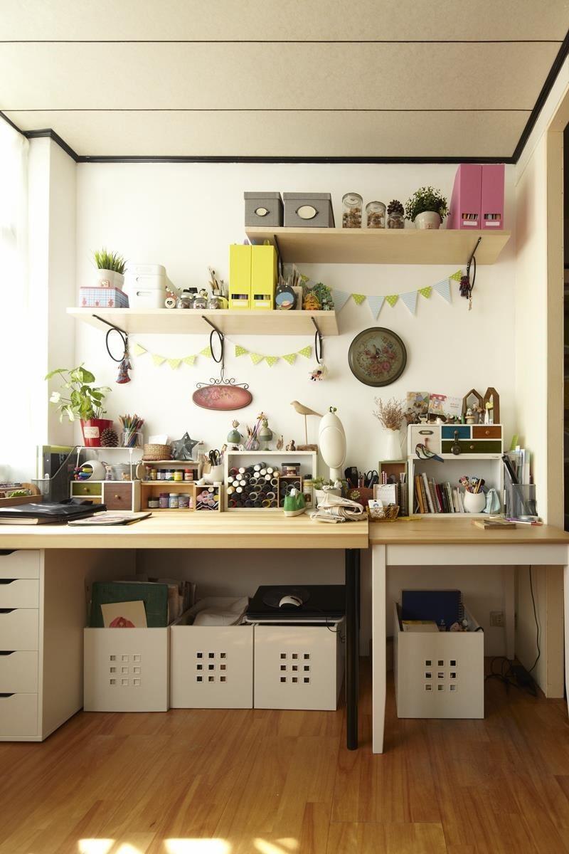 空間中的物品分兩種:一種要收起來,一種作為展示。利用便利的儲物盒與層板就能輕鬆達到不同效果,讓收納不再是苦差事。