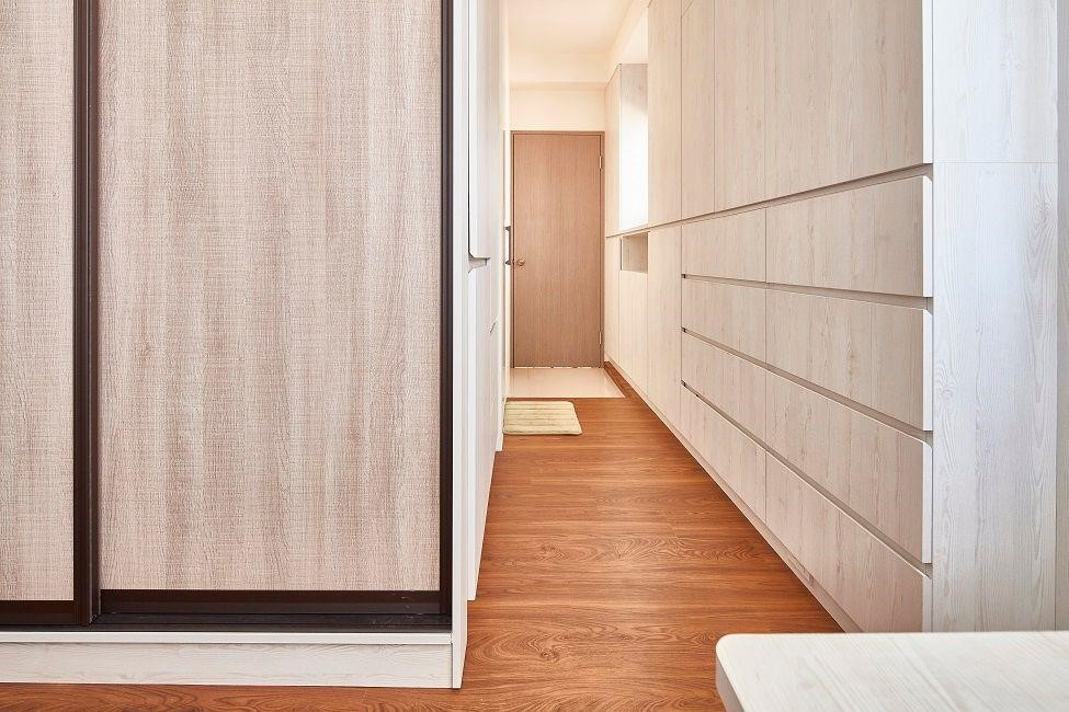 解法參考:【裝潢小跟班Ⅱ-7】讓專業設計師為你解析:木作 V.S 系統櫃選擇秘訣!